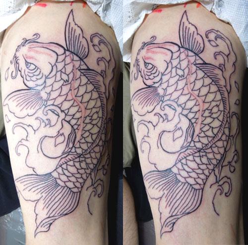 鯉タトゥー筋彫り