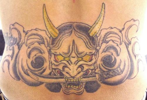 般若と日本刀 刺青