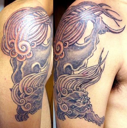 狛犬の刺青
