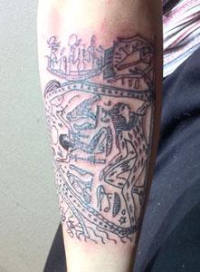 壁画のタトゥー