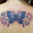 蝶と蓮のタトゥー